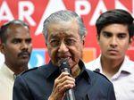 Mahathir dan Kompaknya Warga Malaysia Kurangi Utang Negara