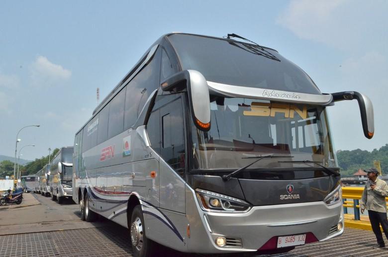 Bus Premium untuk Kelas Ekonomi dari PO. Siliwangi Antar Nusa (SAN). Foto: Dok. PO. Siliwangi Antar Nusa (SAN)