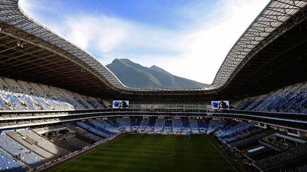 Stadion BBVA Bancomer markas dari klub Meksiko, CF Monterrey. (