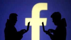 Deretan Unggahan Facebook yang Bikin Kacau Pemilu AS