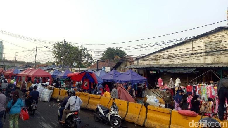 Pedagang Tolak Usul Sandiaga untuk Berjualan Mobile saat Ramadan