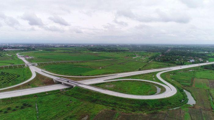 Jalan bebas hambatan sepanjang 10,46 km ini adalah tol ketiga di Medan setelah Belawan-Tanjung Morawa dan Medan-Kualanamu-Tebing Tinggi. Foto: Dok. PT Hutama Karya (Persero)