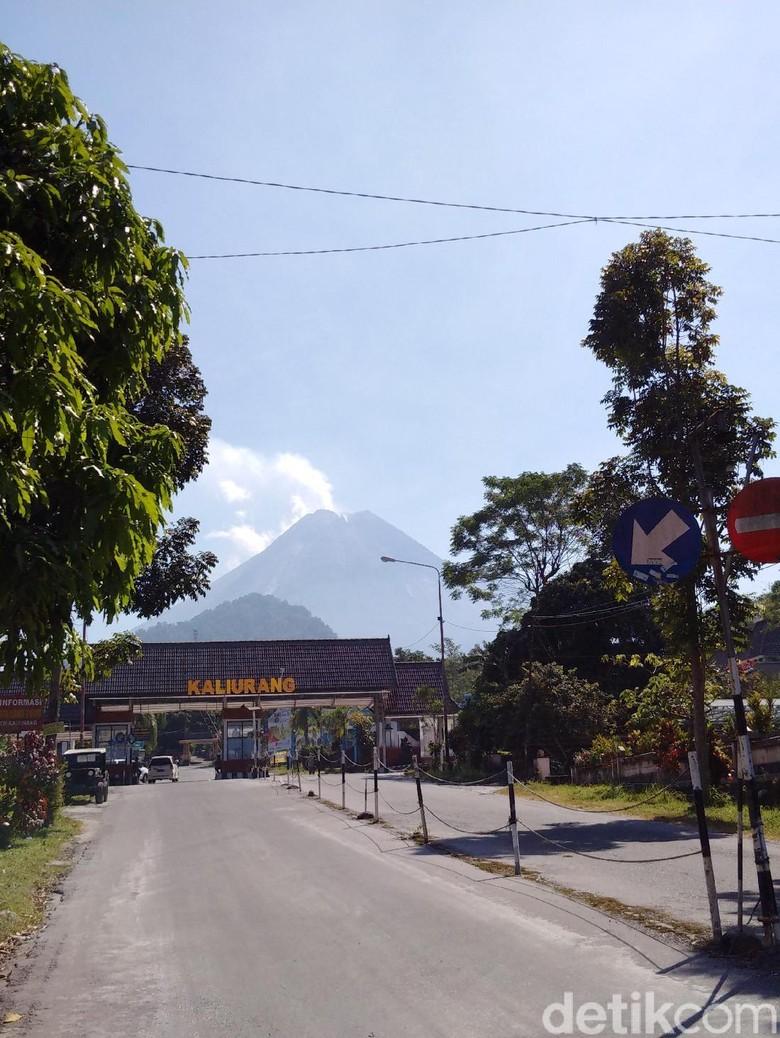 Gunung Merapi Kembali Erupsi Selama 4 Menit