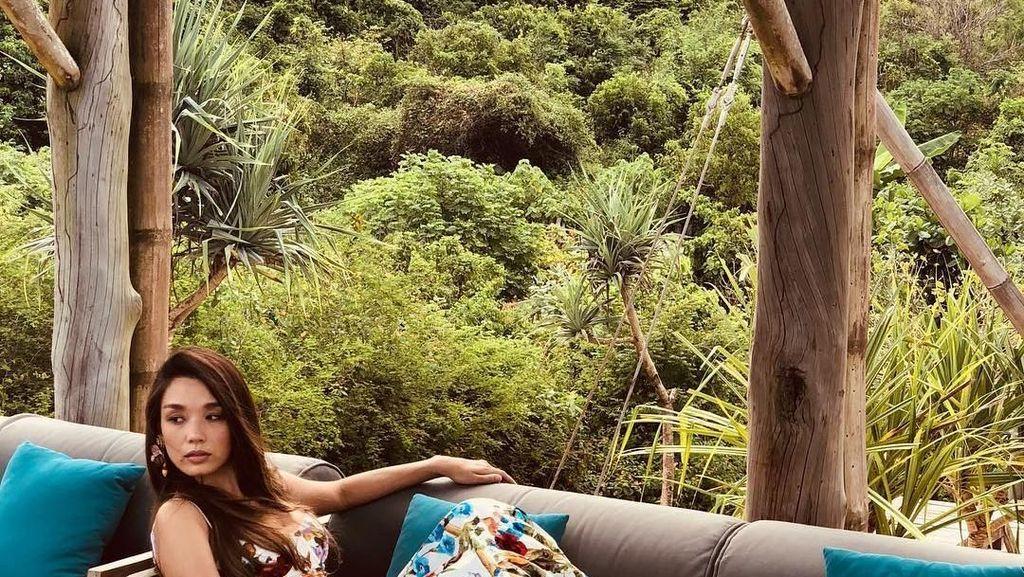 Liburannya Marion Caunter, Model Cantik Malaysia di Lombok