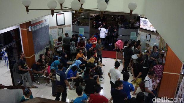 Bantu Korban Bom Gereja, Warga Surabaya Donor Darah di PMI