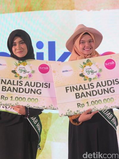 Dua finalis Sunsilk Hijab Hunt 2018 dari Bandung. Foto: Hestianingsih/Wolipop