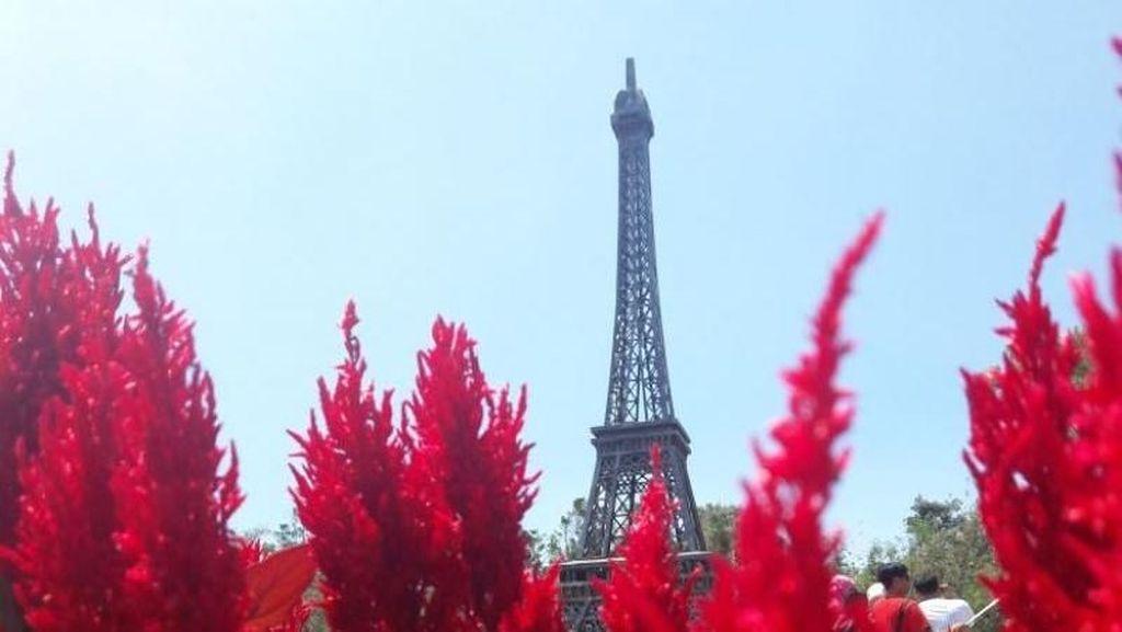 Bikin Kaget! Menara Eiffel Pindah ke Yogya