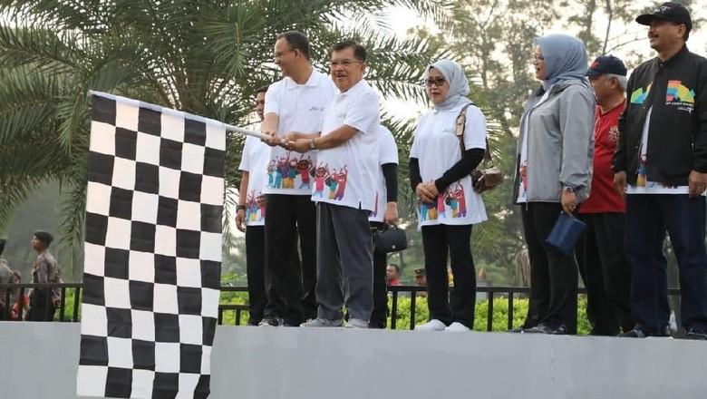 Parade 100 Hari Menuju Asian Games 2018 Digelar di Monas