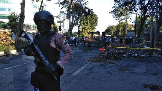 Jejak Dosen Pembuat Hoaks 'Bom Surabaya Pengalihan Isu' Lolos dari Penjara