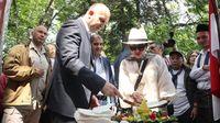 Presiden Bulgaria potong tumpeng (dok KBRI Sofia)
