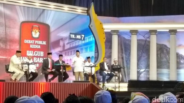 Gara-gara Kaus Tagar Ganti Presiden, Debat Cagub Jabar Rusuh