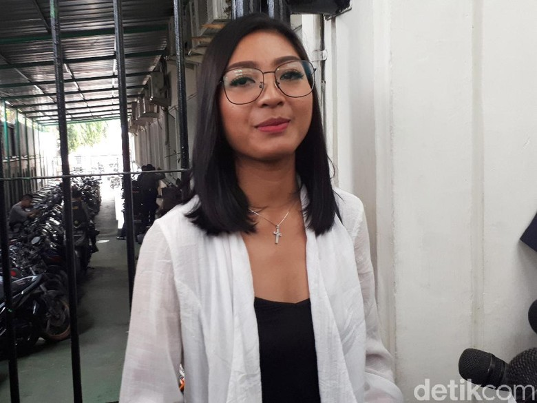 Nicky Tirta Sibuk Olahraga, Liza Elly Berharap Disapa