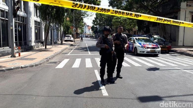 Ilustrasi teror bom di Surabaya (Zaenal/detikcom)