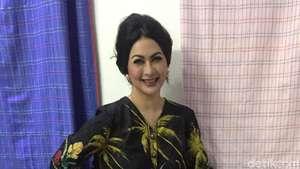 Diana Pungky Tetap Cantik di Usia 40 Tahun