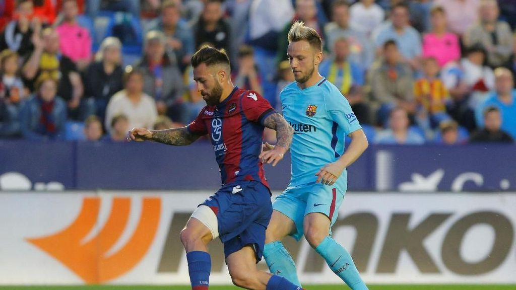 Levante Beri Barcelona Kekalahan Pertama di Liga dalam Drama 9 Gol