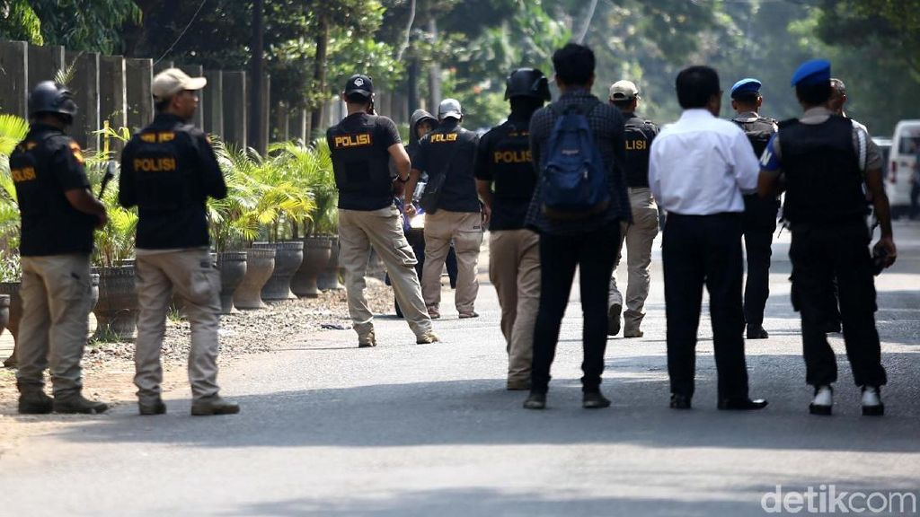 Marak Teror Bom, OJK Minta Industri Keuangan Tetap Tenang