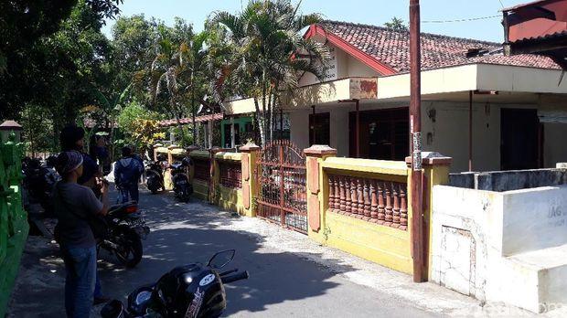 Rumah Pelaku Bom Rusunawa Asal Magetan/