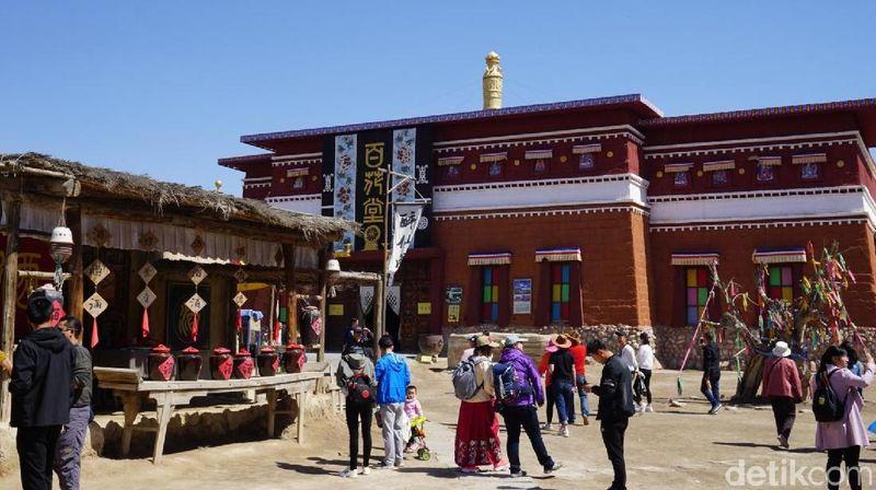 Inilah Zhenbeibu China Western Film Studio, sekitar 35 kilometer di sebelah barat Kota Yinchuan, China. Tempat ini menjadi lokasi syuting lebih dari 200 judul film di China. (Wahyu/detikTravel)