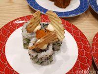 Tom Sushi: Jajan 'Flower Sushi' dan Sushi Volcano Mulai dari Rp 15.000