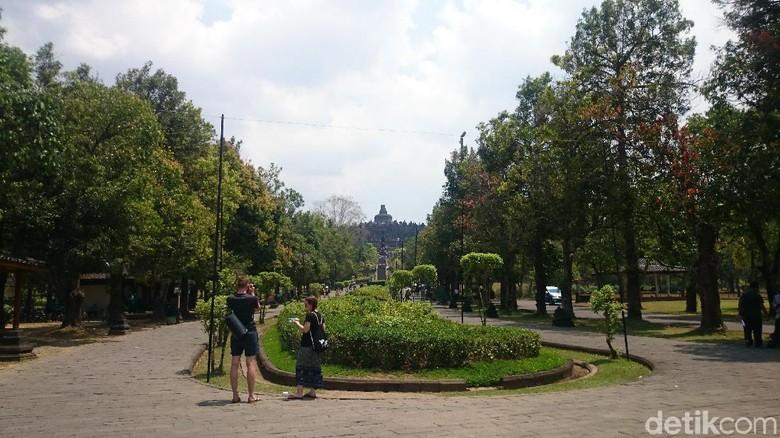 Turis di Candi Borobudur, Magelang (Pertiwi/detikTravel)
