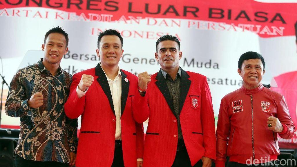 Gonzales, Ellyas Pical dan Daud Yordan Hadiri KLB PKPI