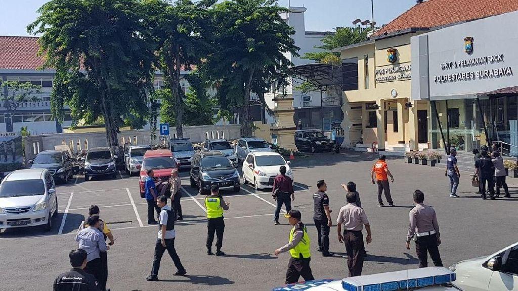 Netizen Syok Bom di Polrestabes Surabaya