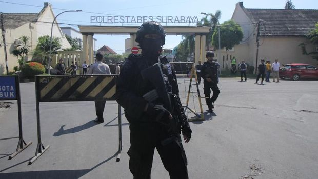 Raut Sedih Pelaku Sebelum Bunuh Diri Polrestabes Surabaya