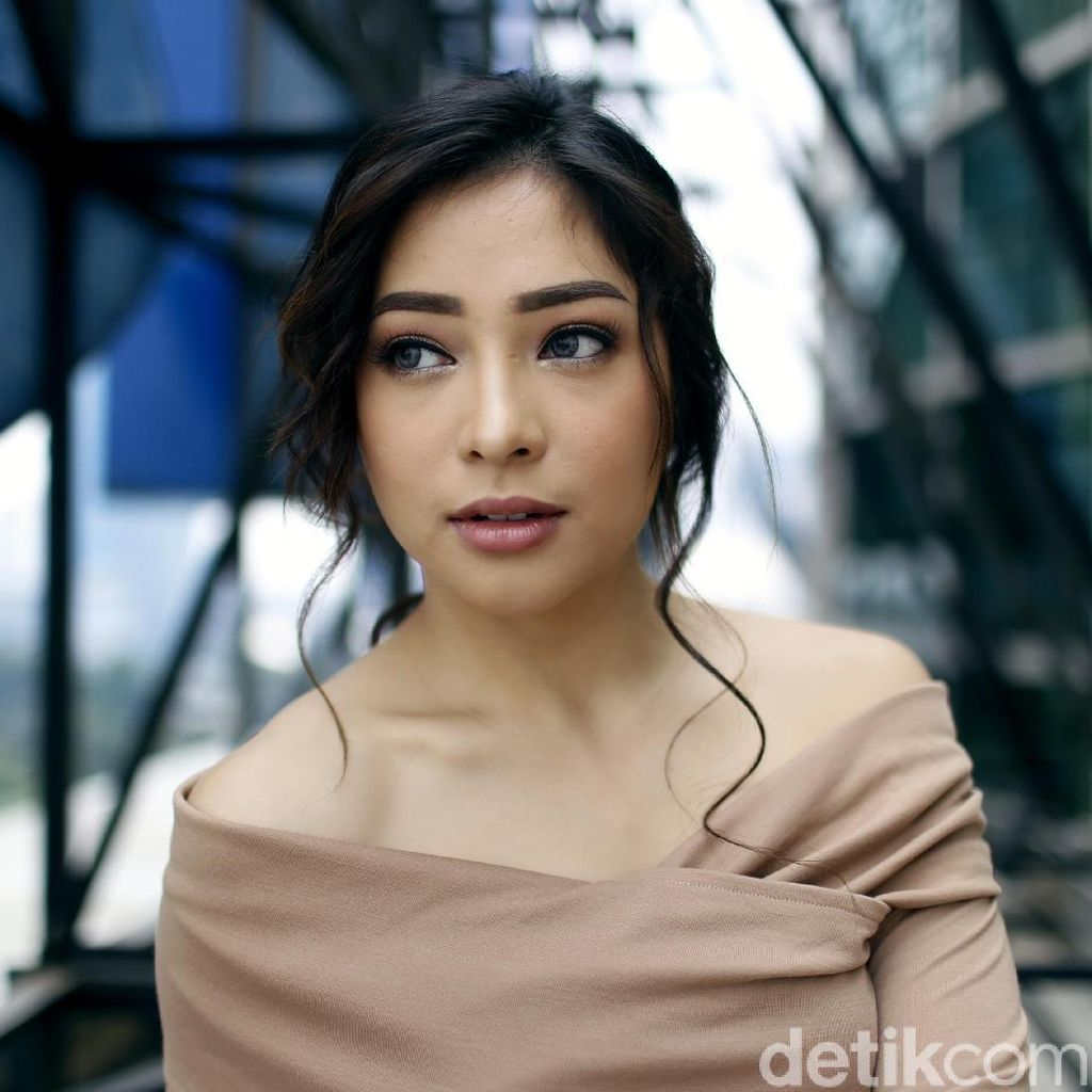 Beradegan Ciuman di Terlalu Tampan, Calvin Jeremy: Nikita Willy is a Good Kisser