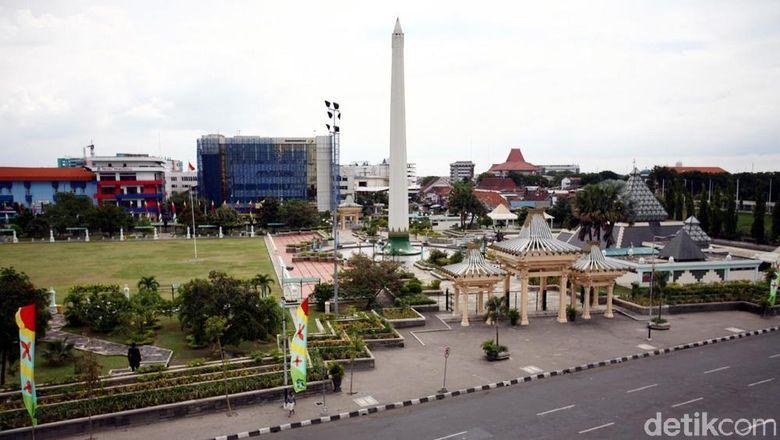 Monumen Tugu Pahlawan Surabaya