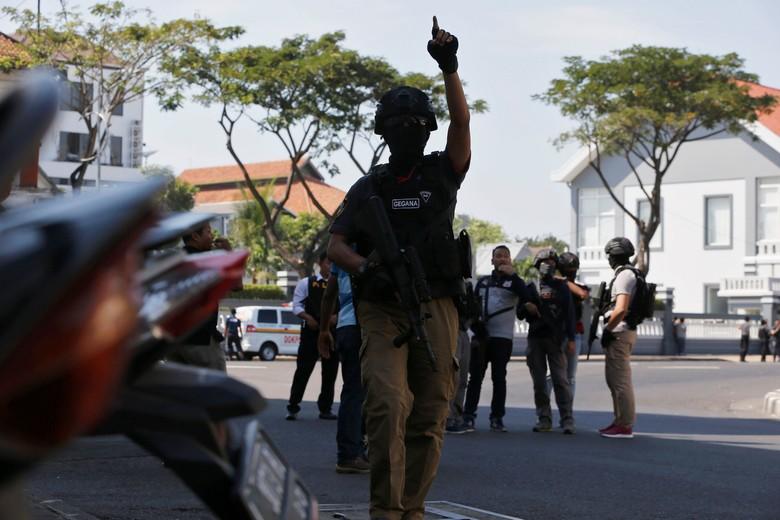 Bomber Surabaya Tak Sekolahkan Anak untuk Hindari Interaksi Warga