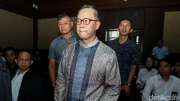 2 Hakim MA Nilai Perbuatan Terdakwa BLBI Bukan Tindak Pidana