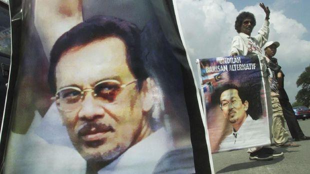 Anwar Ibrahim, Pejuang Reformasi dari Balik Jeruji Besi (EMB)
