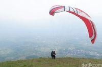 Sensasi Terbang Melihat Gunung-gunung Sekitar Wonosobo