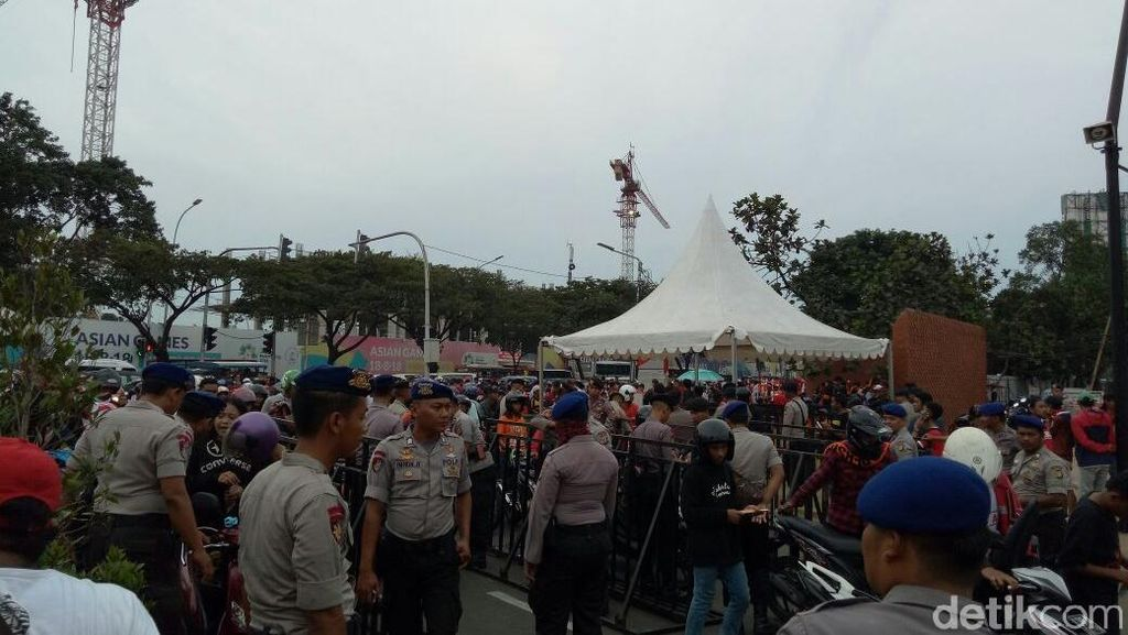Pengamanan Ketat di Laga Persija Jakarta Vs Home United