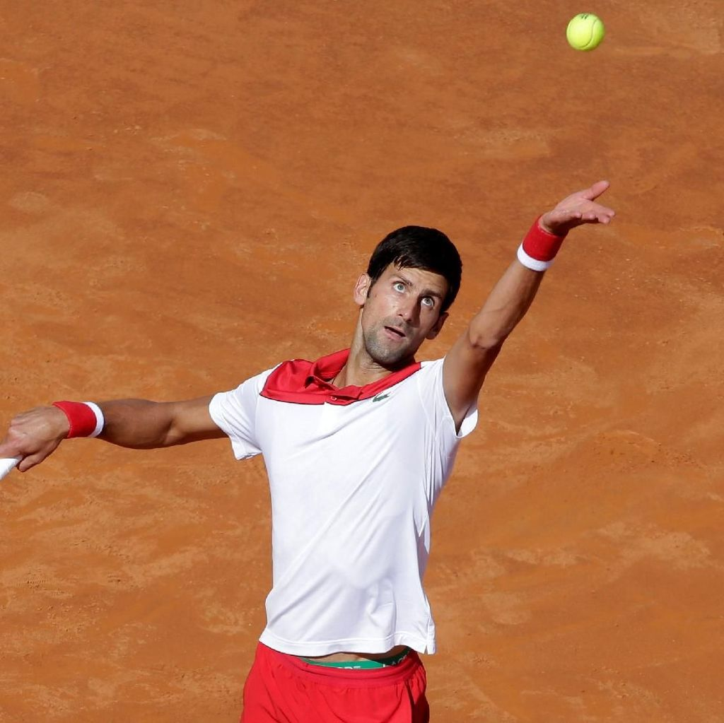 Tak Sampai Satu Jam, Djokovic Menangi Laga Perdana di Italia Terbuka