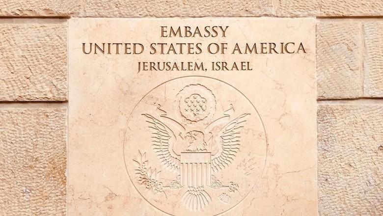 Momen Peresmian Kedubes AS di Yerusalem