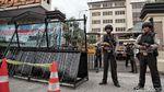 Situasi Siaga 1 di Polres Metro Jakut, Polisi Bersenjata Disiagakan