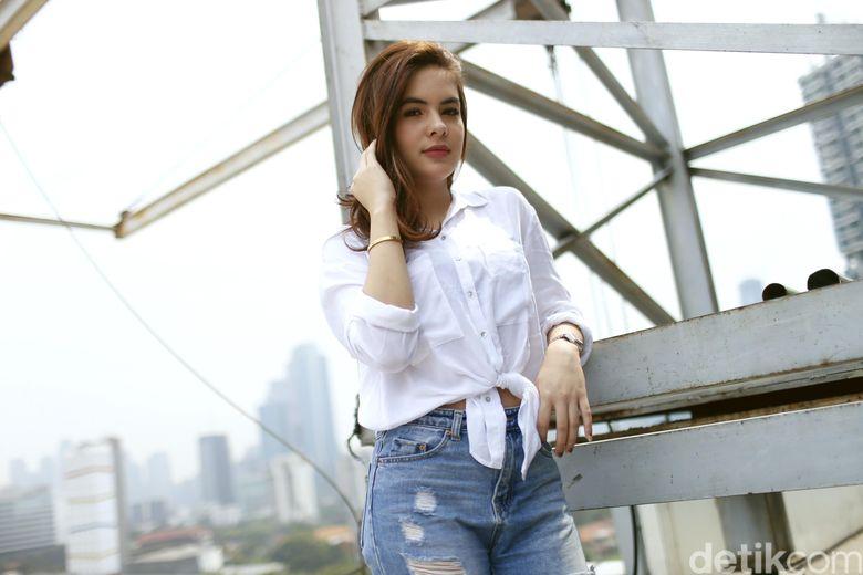 Stefhanie Zamora saat berkunjung ke kantor detikcom, Kapten Tendean, Jakarta Selatan belum lama ini.