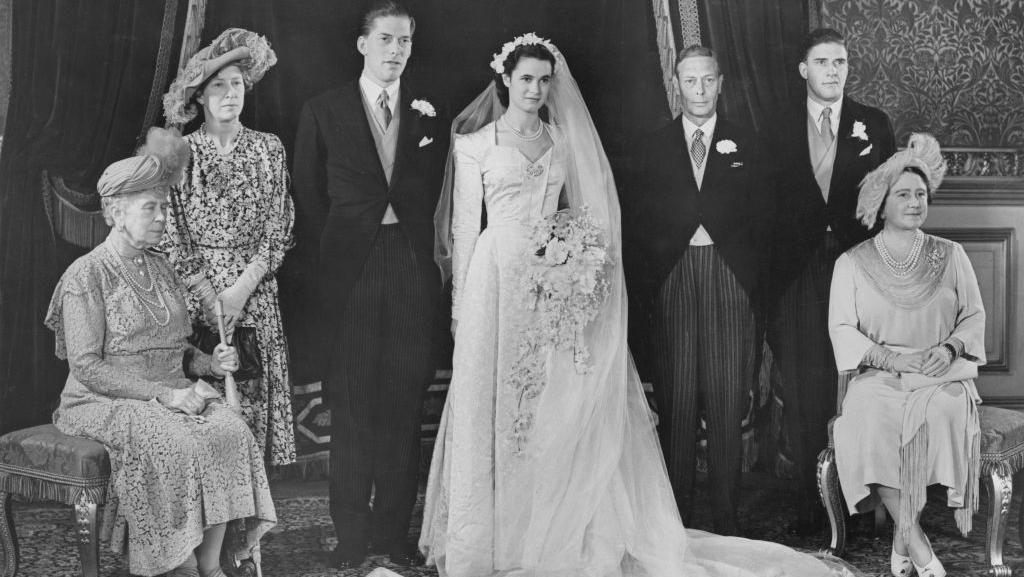 Bikin Penasaran, Ini Potret Pertama Royal Wedding Zaman Old