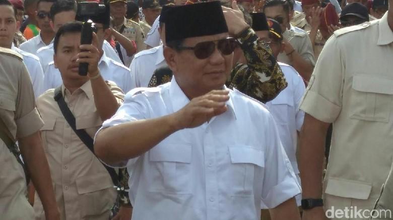 Jokowi Dikritik, PDIP Ungkit Kebijakan Ayah dan Eks Mertua Prabowo