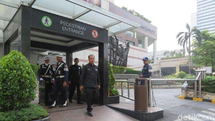 Keamanan di Plaza Indonesia