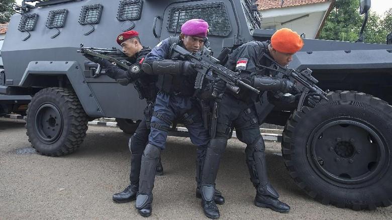 Menanti Duet Densus-Kopassus Ganyang Teroris