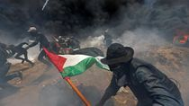 Potret Aksi Warga Palestina Protes Kedubes AS di Yerusalem