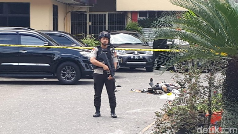 Serangan di Polda Riau: 1 Polisi Gugur, 4 Teroris Tewas, 4 Terluka
