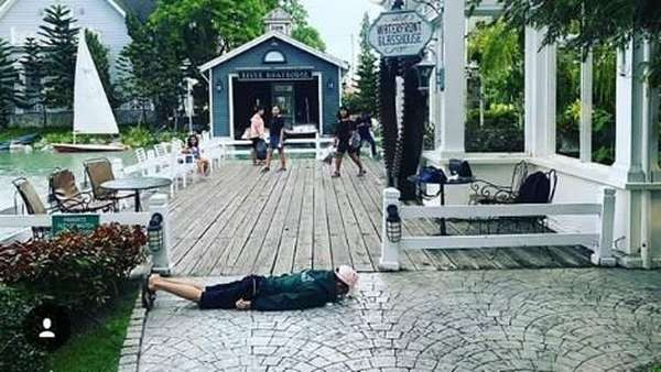 Kemesraan saat Honeymoon ala Raditya Dika
