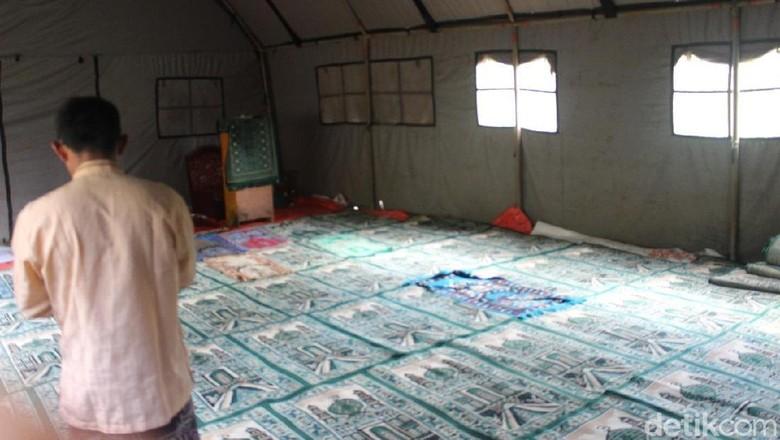 Jelang Ramadan, Ada Musala Darurat untuk Korban Gempa Banjarnegara
