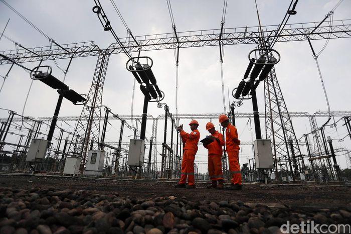 Gardu Induk (GI) Gandul yang pengoperasiannya ini baru diresmikan hari ini terletakdi Depok, Jawa Barat.