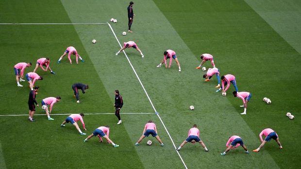 Pertandingan nanti merupakan pertemuan kedua wakil Prancis dengan Spanyol di final Liga Europa atau Piala UEFA.