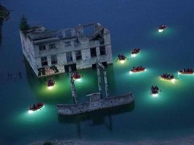 Foto: Penjara di Bawah Air