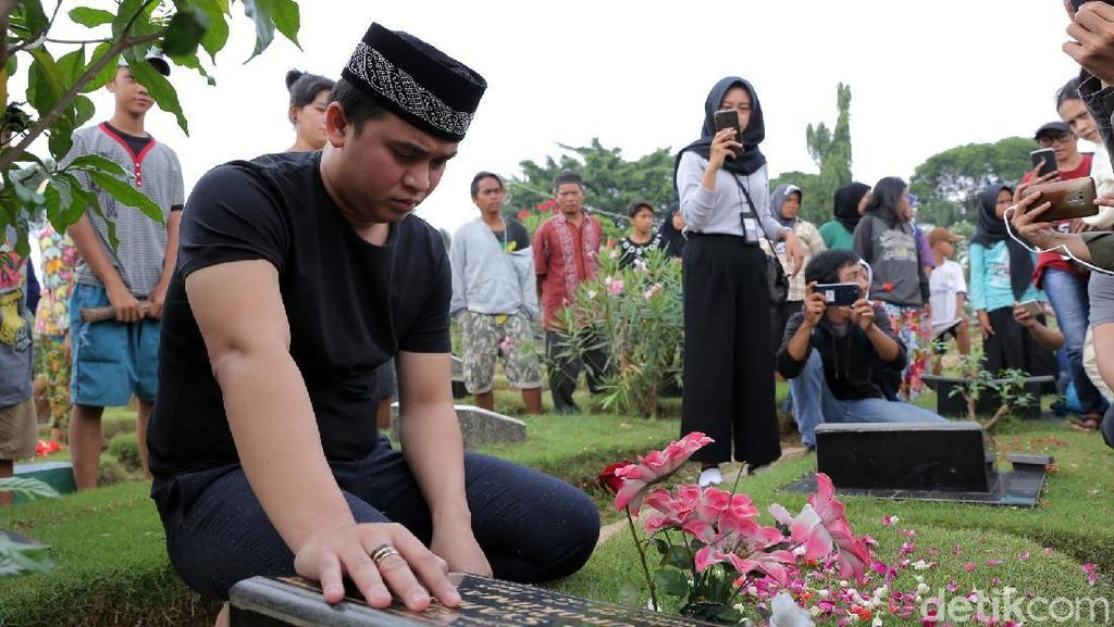 Suara Kerinduan Billy Syahputra untuk Olga Jelang Ramadan